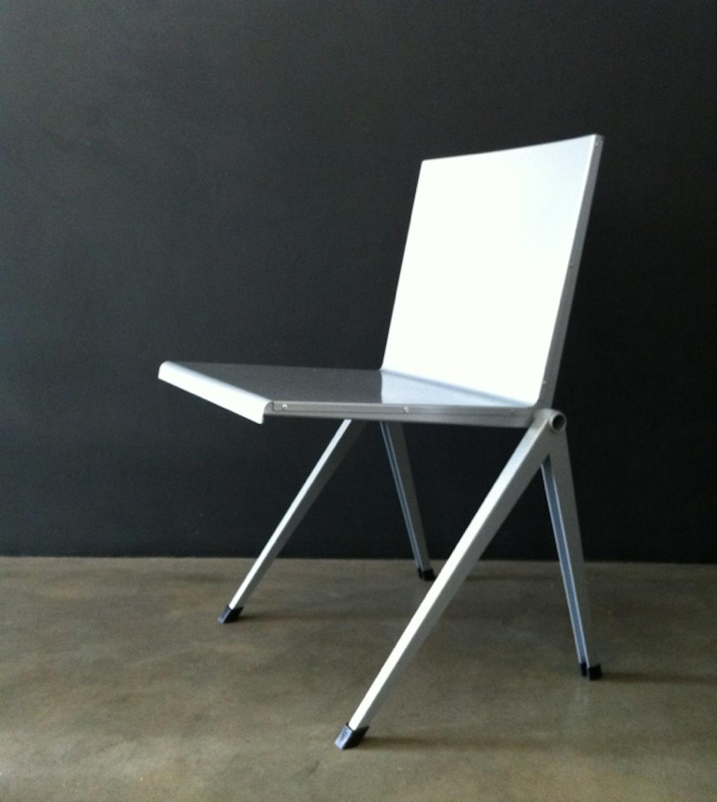 gerrit rietveld chair vintage art club